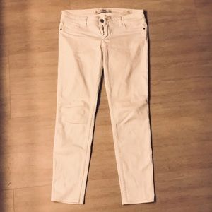 White Abercrombie and Fitch Jean style Capris